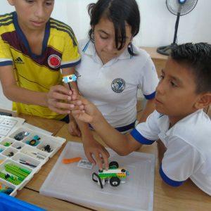 Dotación robótica a Colegio Alfredo Nobel